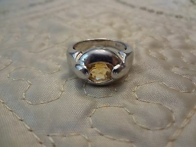 #103--Vintage Sterling Silver Ring --925--Size--8 1/2--Nice Stone--