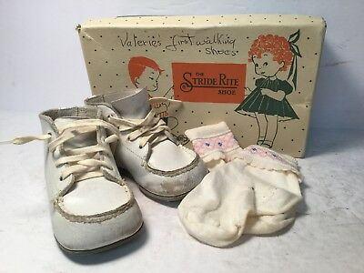Stride Rite Firstie White Leather Lace up Baby Shoes 2.5B #1-0694
