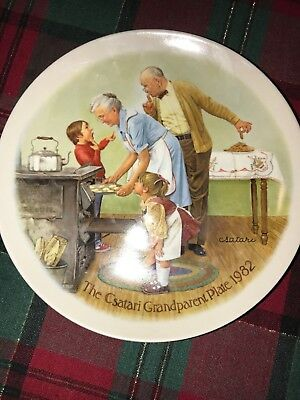 Knowles - Csatari Grandparent series - The Cookie Tasting collector plate