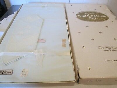Vintage Japan Mint Green Damask Tablecloth & 12 Napkins New Old Stock In Box
