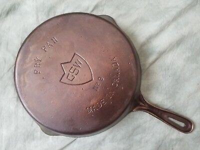"""Vintage #9 GSW (10 3/4"""") Cast Iron Skillet Fry Pan Made in Canada - Restored ¤"""