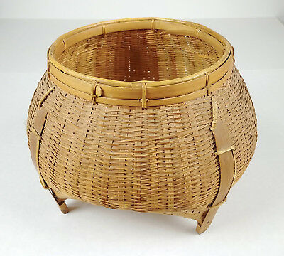 Large ANTIQUE Chinese Footed Artisan Sewing Basket Betty-Lou Collection csb 127