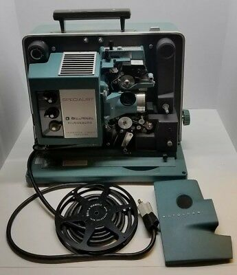 Vtg Bell & Howell Filmosound Specialist Movie Projector w/ Sound No 552-T Rare