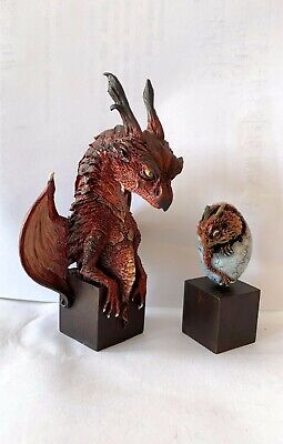 NEW THE HOBBIT Desolation of baby Smaug Dragon King statue figure