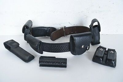 Bianchi #B2 Leather Duty Belt, w/Holster, Clip Holder, Hume Cuff Holster Extras