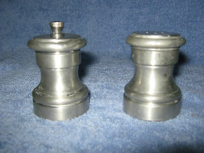 Collectible VINTAGE EALES 1773 PEWTER SALT AND PEPPER SET Manufactured in Italy