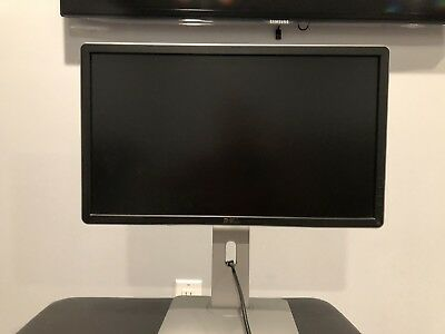 """Dell P2214HB 22"""" LCD Widescreen Monitor 1920 x 1080 Great Condition"""