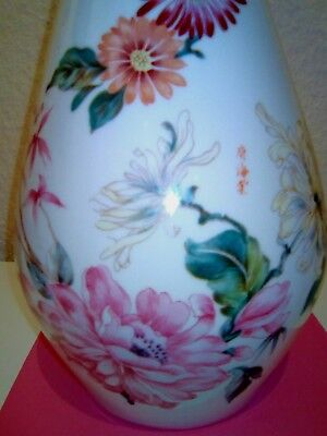 Superbe grand vase porcelaine de Chine, 20eme.