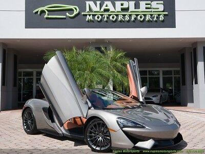 2017 570 GT 2017 McLaren 570 GT - Blade Silver - Lifting Suspension - Leather Interior