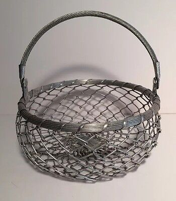 "Aluminum Chain Link Round Woven Wire Basket Round With Handle 10"" X 4 1/2"""