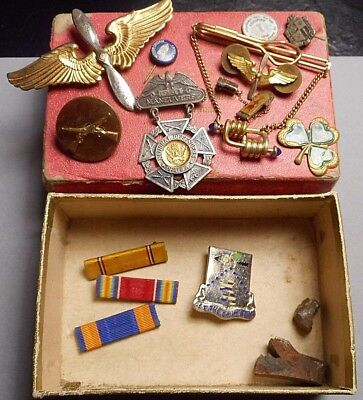 Lot WW2 Military Pins, Pilot Wings, Let the Drum Beat, 1941 Maneuvers Medal +