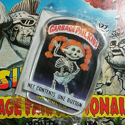 New & unopened vintage 1986 Garbage Pail Kids button DROP DEAD pin 1980's Topps