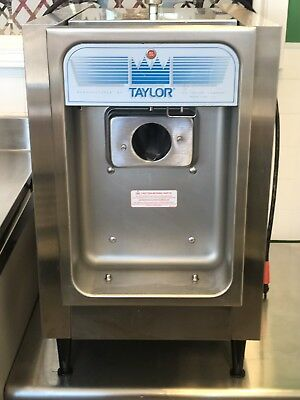 Taylor Frozen Yogurt Machine Model 152-12