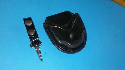 Don Hume C305-M Handcuffs Case Open Top W/Key Ring Holder