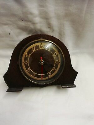 (186)   Small Wooden Mantle Clock With Quartz Battery Movement Up Made By Smiths