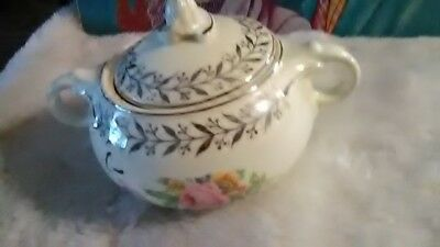 """Sugar bowl """"Taylor Smith"""" with lid"""
