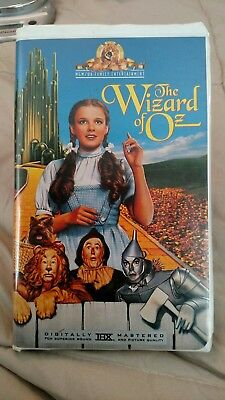 The Wizard of Oz (VHS, 1996) Great Condition, Complete, Best Movie Ever