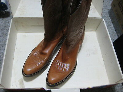Justin Cowboy  Boots   14D. Style 2700