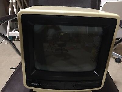 Vintage MAGNAVOX Perfect View TV
