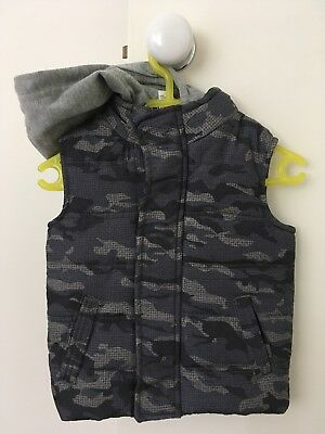 Boys Puffy Vest - Size 3