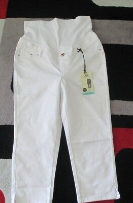 Ladies CROSSROADS MATERNITY WHITE CROP 3/4 JEANS - Size 8 - New with Tags