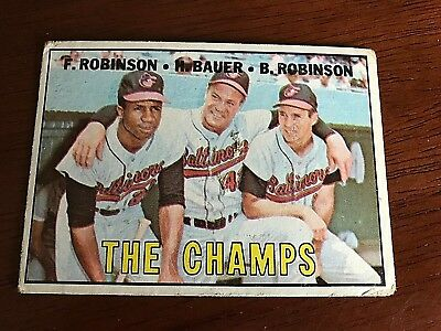 """Vintage 1967 Topps #1 Brooks/ Frank Robinson Baltimore Orioles """"The Champs"""" Card"""