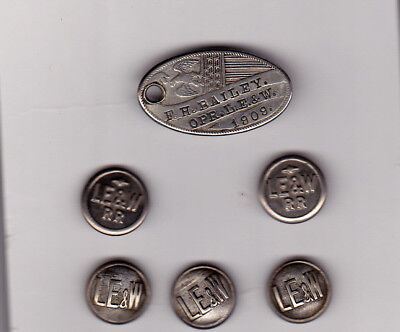 Lake Erie & Western Rail Road 5 buttons and key fob from1909
