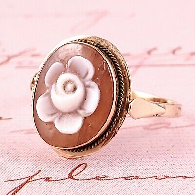 Beautiful Vintage 14k Gold Rose Cameo Ring. Size 6.5
