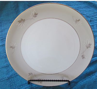 Zylstra Fine China Frosted Leaves Dinner Plate-made in Japan