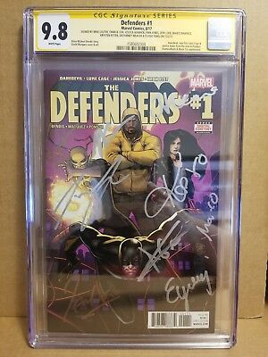 Defenders #1 Cgc 9.8 Ss Tv Show Cast Signed By 9 Cox Ritter Weaver Yung Colter