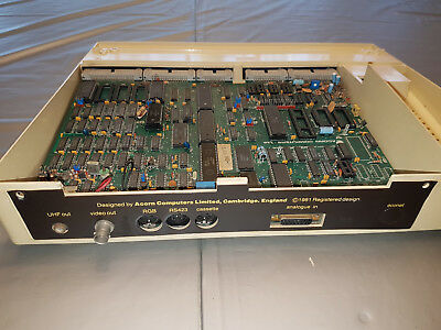 Acorn BBC B Issue 7 Motherboard with lower Case