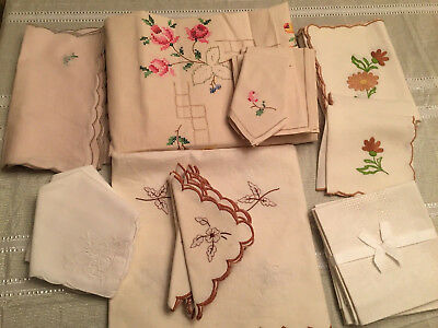 Lot of 32 Vintage Italian Cotton & Linen HAND Embroidered Napkins & Tablecloths