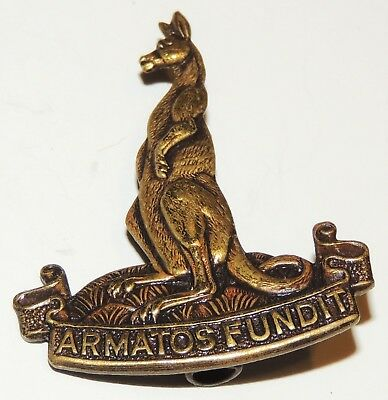 WW1 WW2 Reproduction 1st Canadian Armoured Carrier Regiment (1CACR) Cap Badge