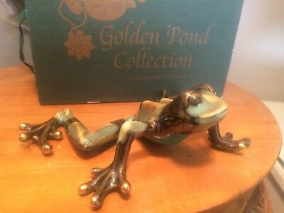 Golden Pond Collection frog classic position ceramic green frog
