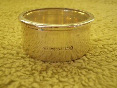 Small Round Sterling Silver Jewellery / Ring Pot / Trinket Box