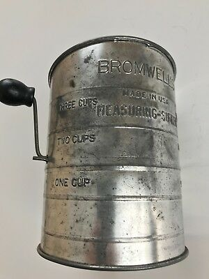 Vintage Bromwell's Flour Measuring Sifter. 3 Cups. Wooden Handle