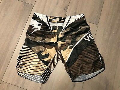 Venum Fight Shorts Hero Camo S  green MMA Muay Thai Crossfit Training