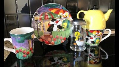 Cafe Six Flags Sylvester and Tweety coffee mug And Plate Set