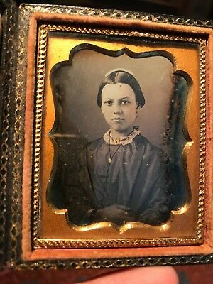 9th plate daguerreotype attractive woman lancaster family