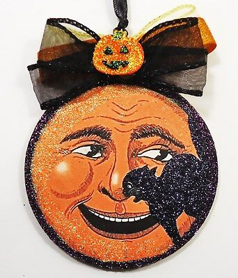 Hand Made  BLACK CAT BY LAUGHING MOON   glittered WOOD SLICE Halloween Ornament