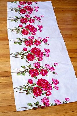 1950s Cotton Novelty Print Fabric Red Roses Border Print