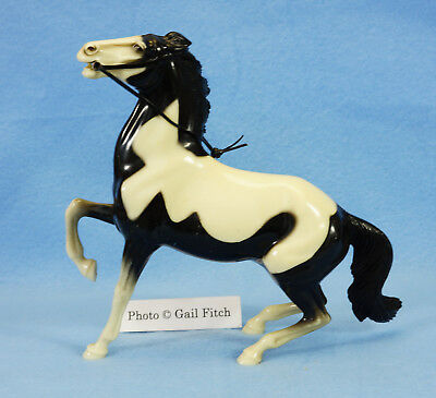 Cochise & Bill Longley Horse – excellent Semi-rearing black pinto Hartland