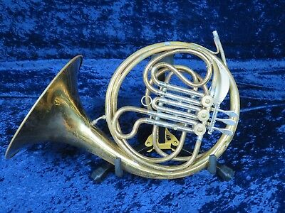 No Name Single F French Horn Ser#isi6685 Plays but Needs Minor Adjustment