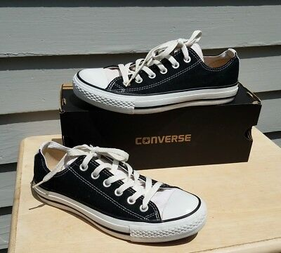 Converse All-Star unisex Sneakers Women's 7 or Mens 5 Black w/Cream Tongue