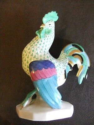 Herend Large Cocky Rooster Green Fishnet Painted Colours 5014/VHV Mint Condition