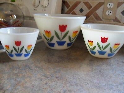 Vintage Fire King Tulip Mixing Nesting Bowls 9-1/2-7-1/2-5-1/2