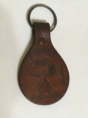 Vintage Snoopy COOL IT JOE COOL SCHULZ Leather Tag KeyRing Keychain