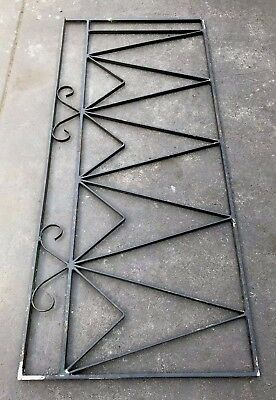 VINTAGE RETRO WROUGHT IRON METAL BALUSTRADE SECTION GARDEN GRILL P/Up COBURG MEL
