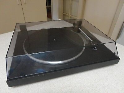 Dual Turntable, model CS 415-2, made in Germany