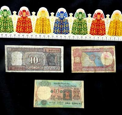 Lot N ° 6 of 3 old banknotes, INDIA.